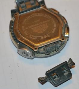 Casio PRG-120T - Uhrenband demontiert