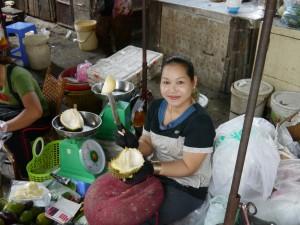 Phnom Penh: Lebensmittelmarkt Durian Frucht