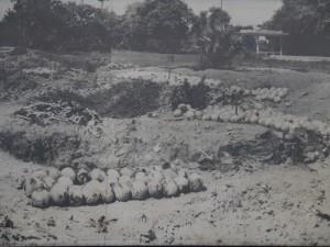 Phnom Penh: Gefängnis S-21 historische Aufnahme Killing Fields