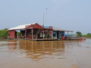 Tonle Sap: schwimmendes Fischerdorf, Restaurant