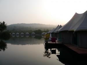 Koh Kong: 4 Rivers Floating Lodge