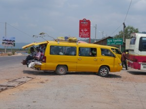 Koh Kong - Shianouk Ville: Unterwegs, Kleinbus