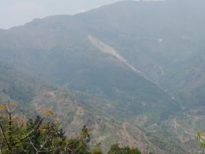 DHR: grosser Erdrutsch zwischen Kurseong und Mahanadi